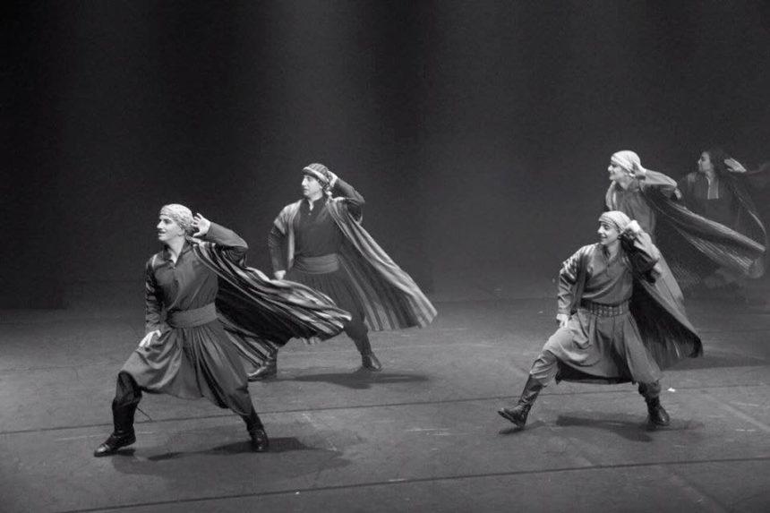 Le dabké, danse populaire du Liban, de la Palestine, de Syrie, de Jordanie et d'Irak