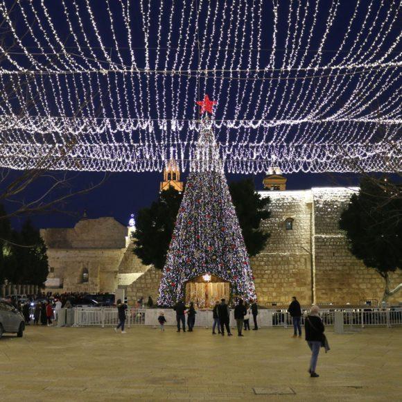 Un tour des traditions de Noël en Orient…