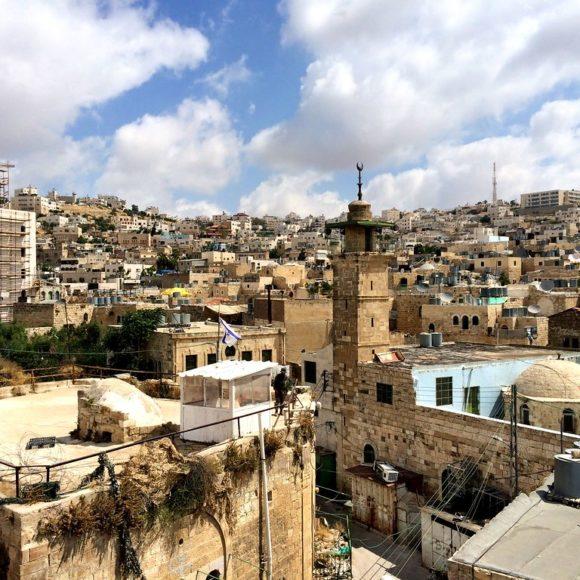 La vieille ville de Hébron/Al-Khalil : Un patrimoine millénaire au cœur de multiples tensions